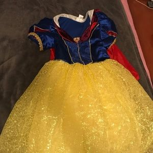 Snow White Costume from a DISNEY PARK